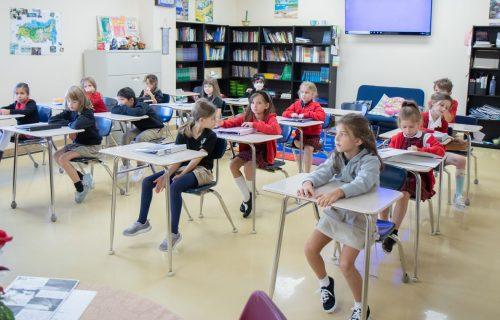 christian-elementary-school-classroom